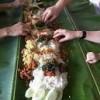 Panitia Pengucapan Manado Siapkan Makanan Diatas Daun Pisang