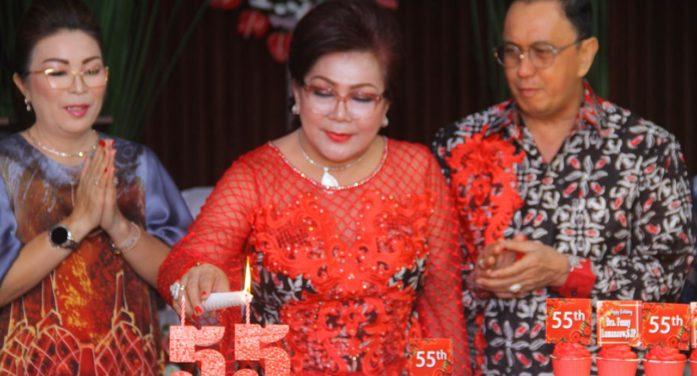 Ibadah Syukur HUT ke-55 Istri Tercinta, ini Kata Bupati Minahasa.